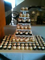 Kaley's Kakes - Wedding and specialty cakes, cupcakes, pastries, and more! - Click here to visit our website!