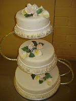 Kings Court Catering - From delicious cupcakes and pastries to wedding cakes and cakes for all special occasions, we do it all! - 905-623-4277 -   Click here to visit our website!